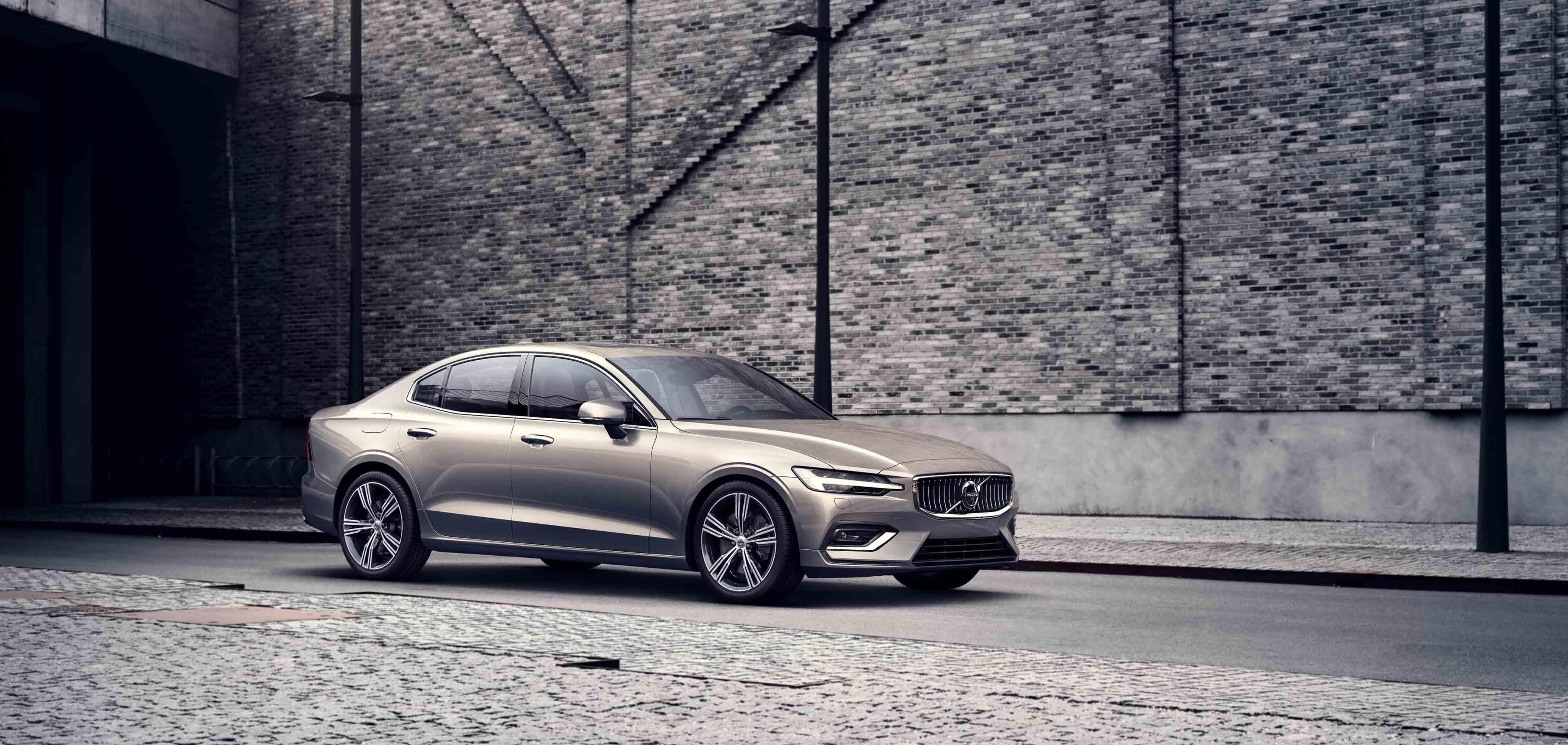 Volvo S60 – ryškesniems vairavimo potyriams